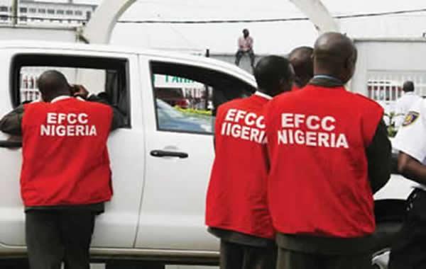 EFCC-operatives-at-work