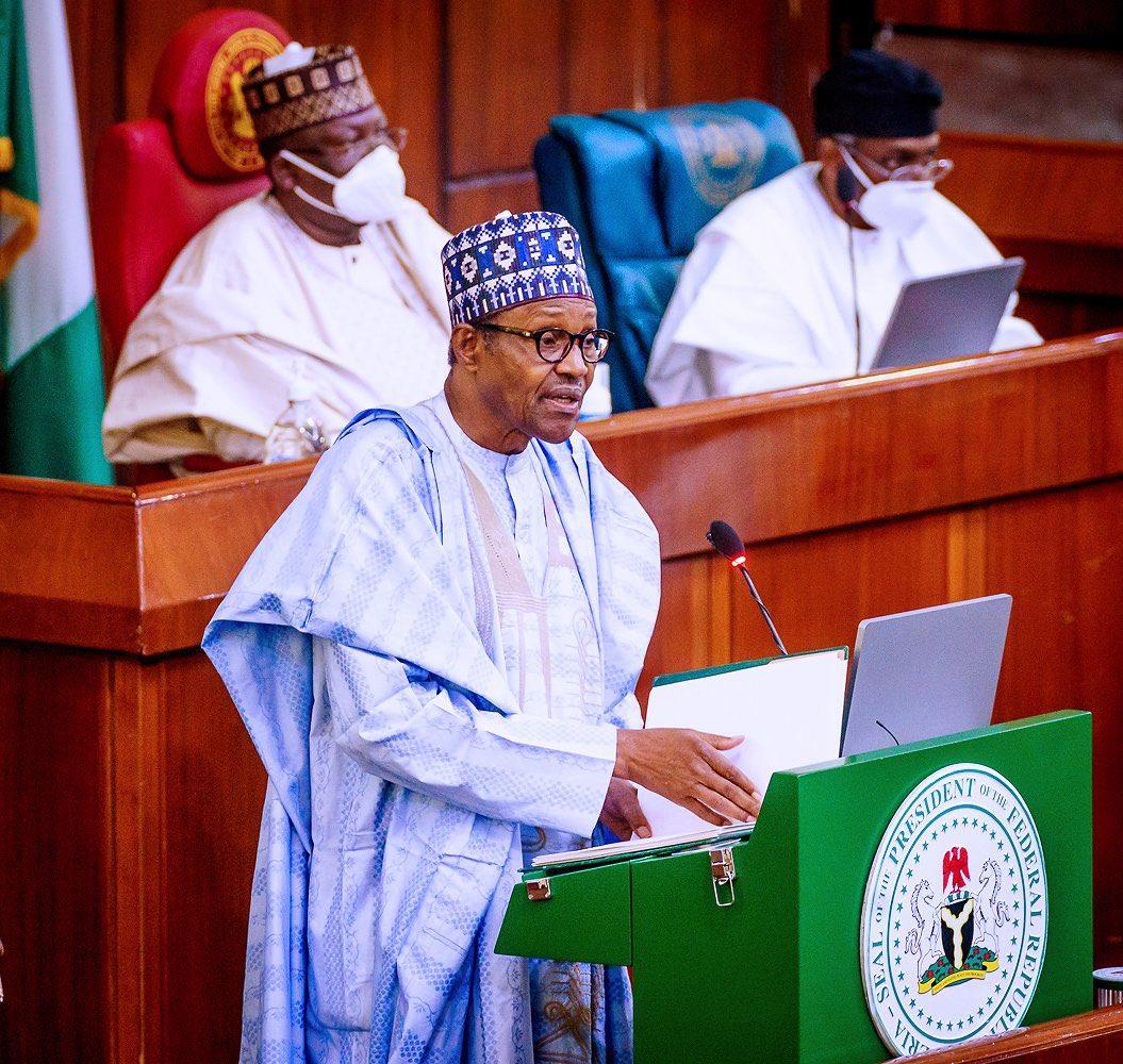 Buhari presents 2021 budget