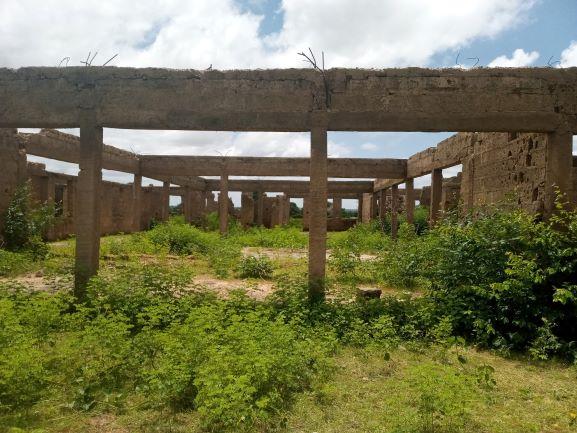 Abandoned PHC at Garun Sheme